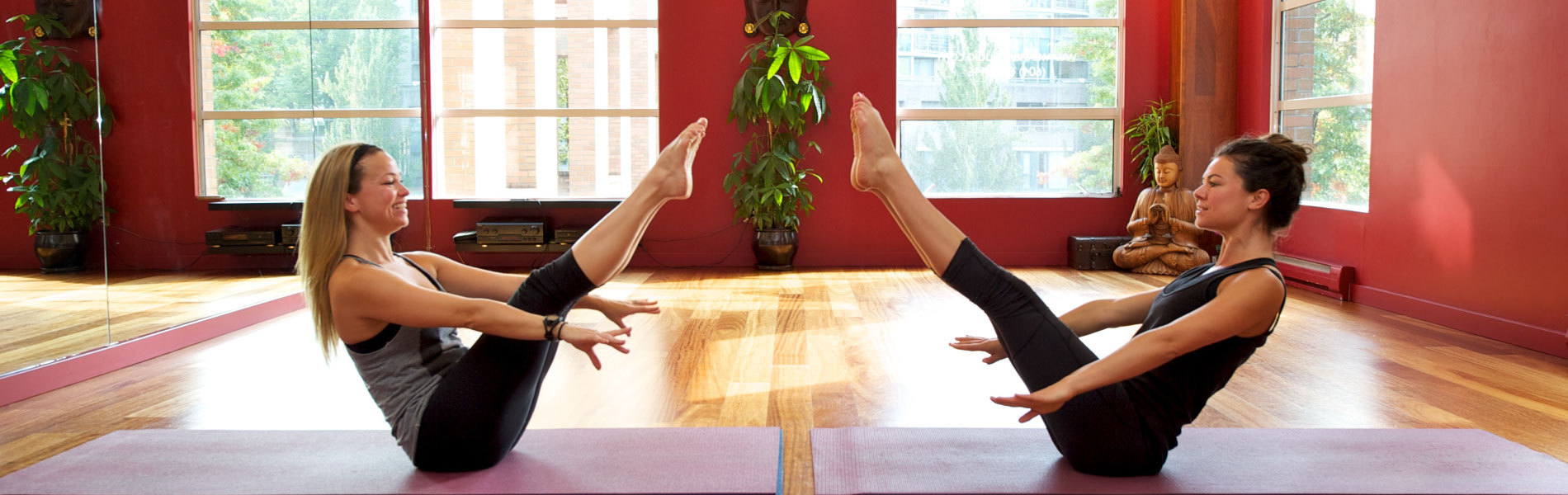 Holding_Position_Keeping_Retention_Rates_High_in_your_Yoga_Classes_1900x600.jpg