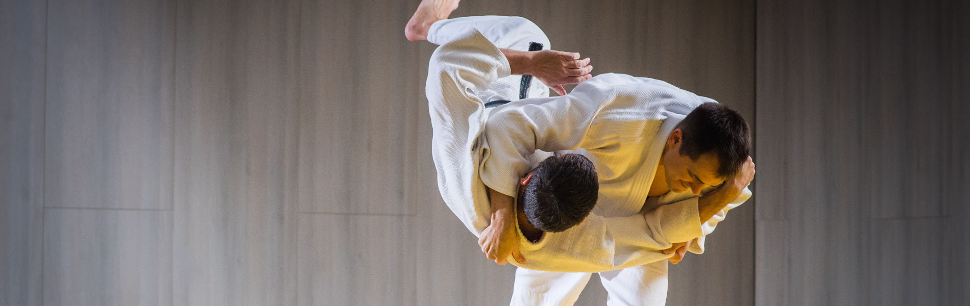 How-to-Hire-And-Keep_the_Best_Martial_Arts_Instructors_1900x600.jpg