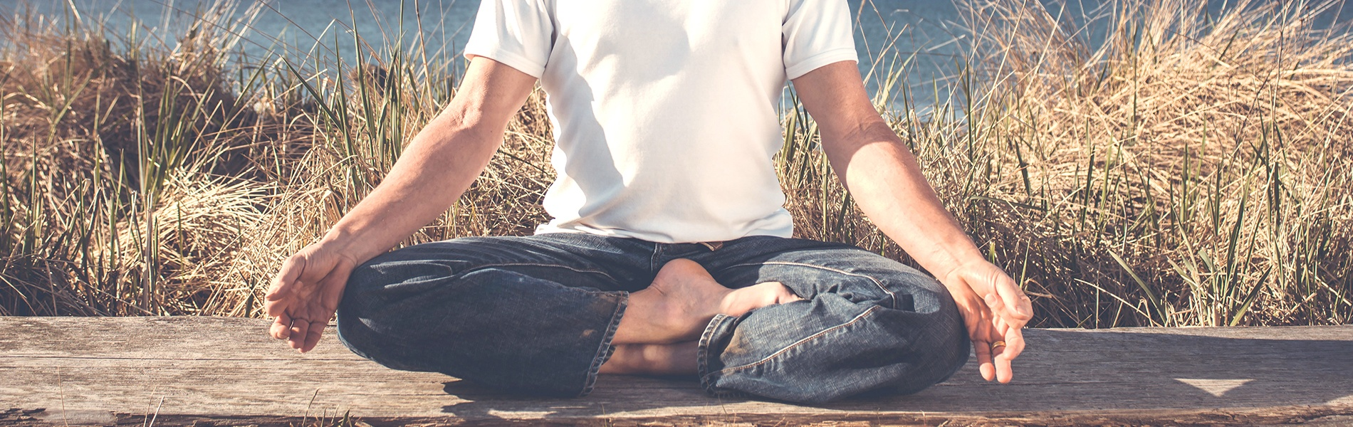 The-Man-y-Benefits-of-Yoga-for-Men-1900x600.jpg