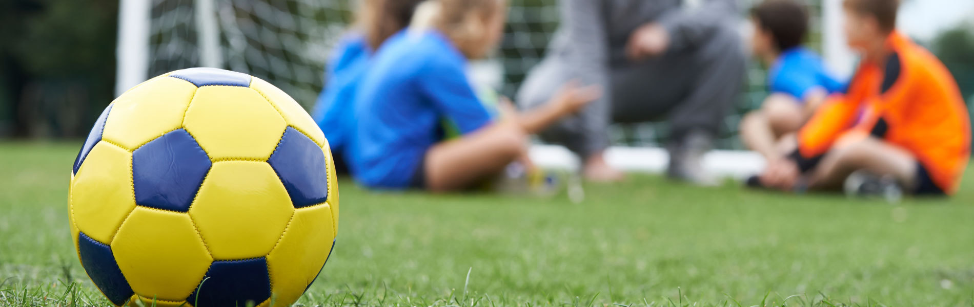 The_Many_Benefits_of_Youth_Sports_in_your_Community_1900x600.jpg
