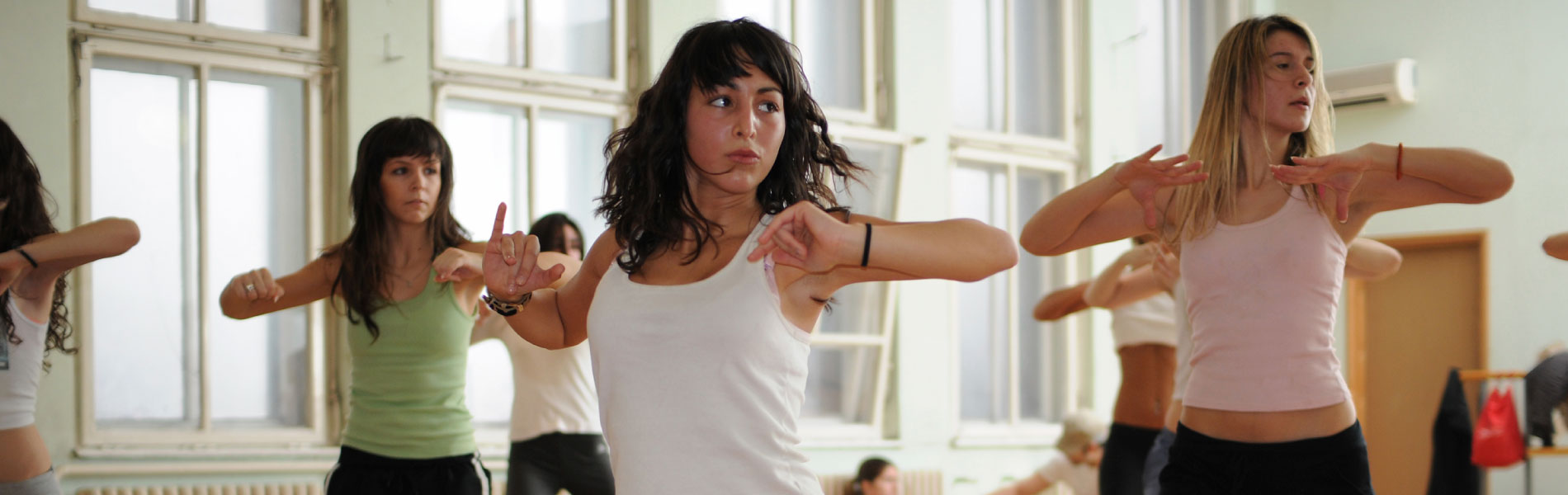 Using_Dance_Competition_to_Grow_Your_Studio_1900x600.jpg